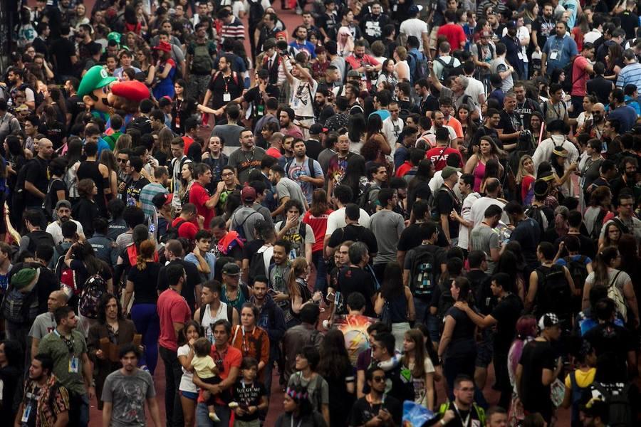 Público de 200 mil pessoas lota os pavilhões da CCXP | © Daniel Deáké / Andre Conti