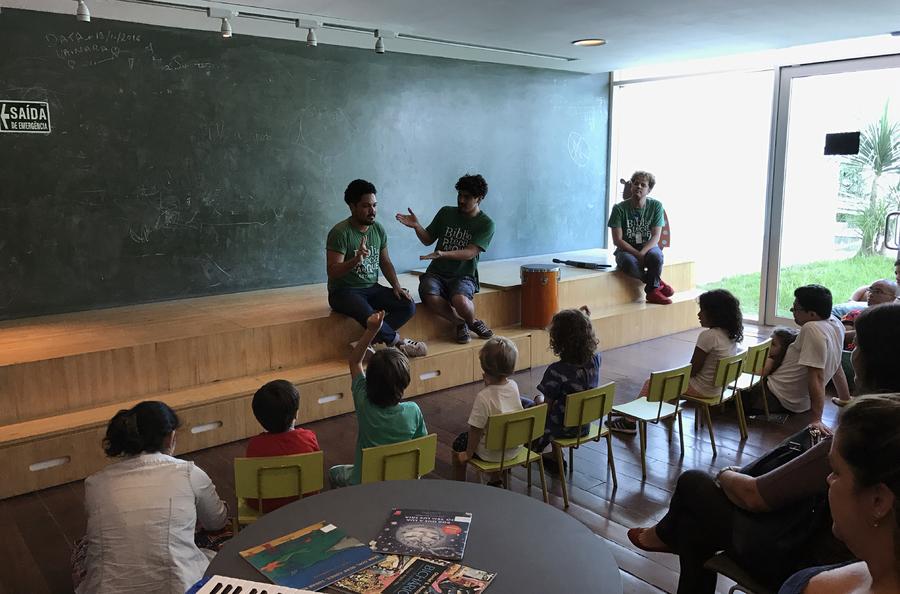 Contação de histórias na Biblioteca Parque do Centro do Rio | © Lima Andruška
