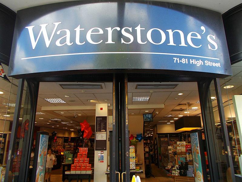 A rede Waterstones de livrarias no Reino Unido reportou crescimento nas vendas de Natal | © A P Monblat