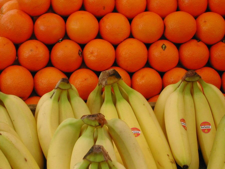 Vale a pena analisar as pesquisas da Fipe e da Nielsen ainda que seja comparar banana com laranja | @ Emma Line, Flickr (CC BY-ND 2.0)
