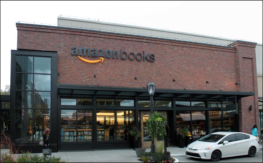 A primeira loja física de livros da Amazon, localizada em Seatte nos EUA | CC By-SA 2.0, SounderBruce