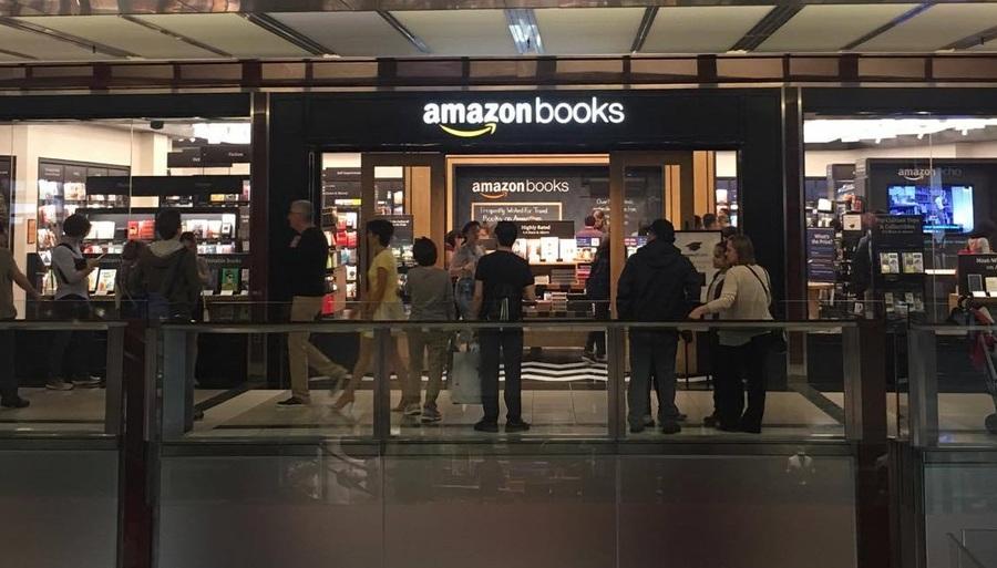 Fachada da loja do Columbus Circle em Nova York recentemente inaugurada | © Beatriz Alves