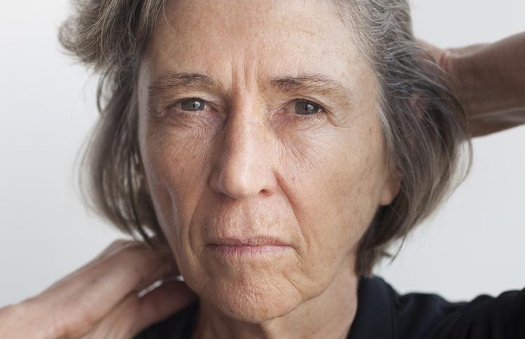 Elvira ganhou o prêmio de Ficção da Academia Brasileira de Letras em 2010 com o livro 'Nada a dizer' | © Renato Parada