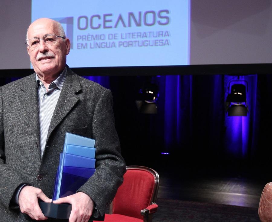 Silviano Santiago na entrega da primeira edição do Prêmio Oceanos | © Sergio Castro