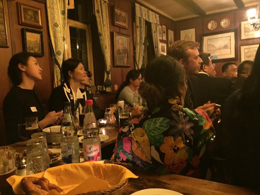 Cenas de um (quase) jantar com editores chineses | © Rafaela Lamas