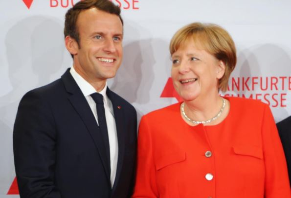 Emmanuel Macron e Angela Merkel abriram oficialmente a Feira do Livro de Frankfurt | © Divulgação / Frankfurter Buchmesse