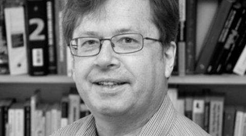Rüdiger Wischenbart coordenou o estudo How big is global publishing? que teve a participação dos brasileiros Carlo Carrenho e Mariana Bueno | © Divulgação