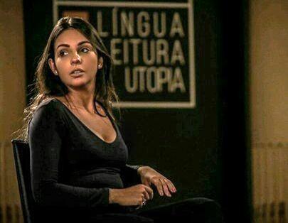 Jéssica, a intérprete de Libras que atuou no Fliaraxá | Divulgação
