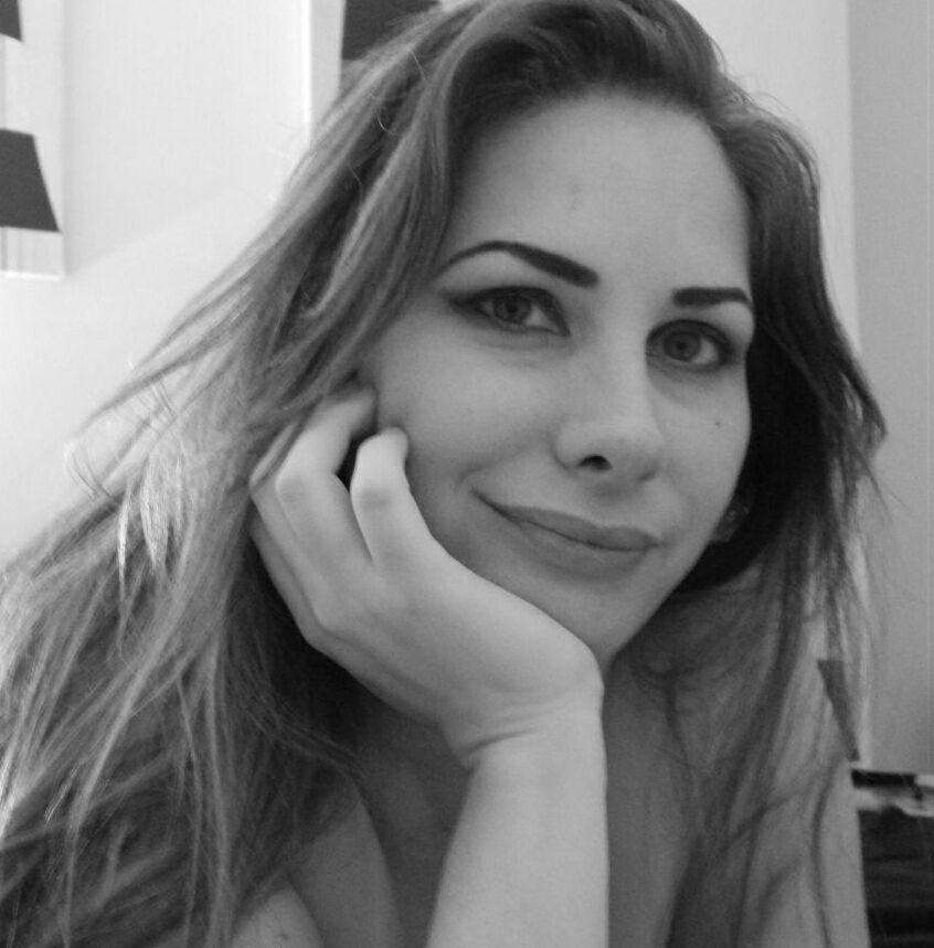 Escritora Claudia Lemes é fundadora e primeira presidente da associação | © Divulgação