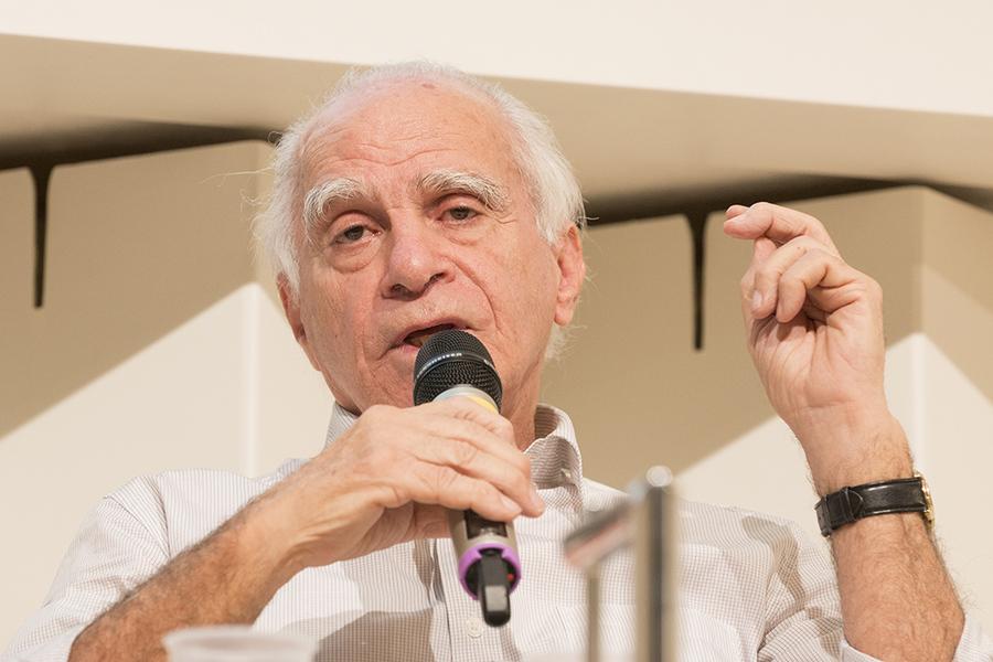 Ignacio de Loyola Brandao é um dos que participam do projeto Dupla Jornada   © Johan Visbeek / Frankfurter Buchmesse