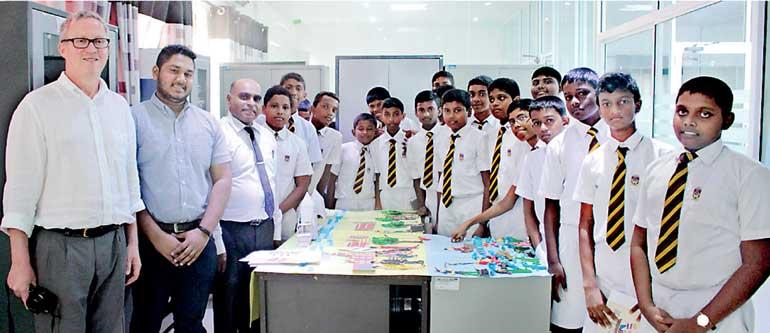 Programa educação global conduzido em parceria com o British Council no Sri Lanka