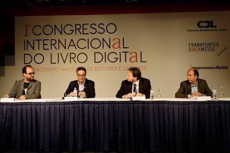 Foto histórica do I Congresso Internacional do Livro Digital