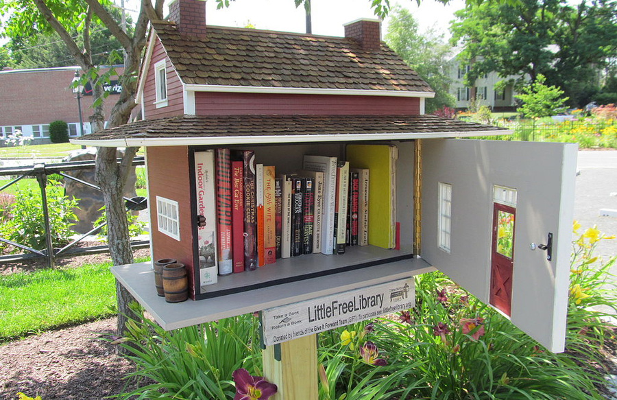 Little Free Library | © John Phelan
