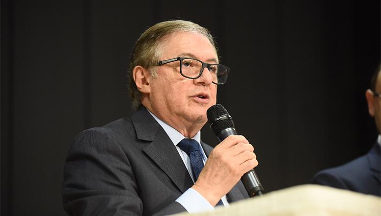 Ministro Ricardo Vélez Rodrígues coloca culpa no seu predecessor no caso da retificação do edital do PNLD 2020 | © Portal do MEC