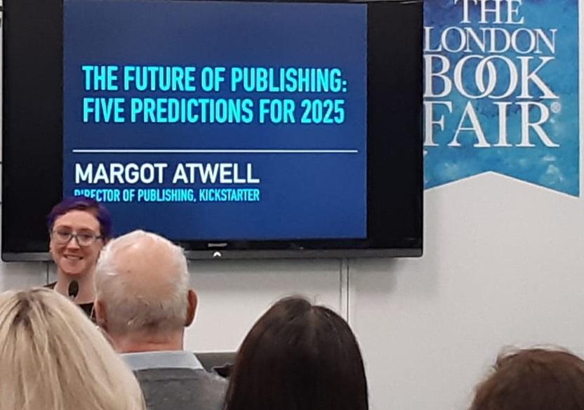 Margot Atwell durante o painel 'The future of publishing: five predictions for 2025' que encerrou a programação da Feira do Livro de Londres, na última quinta-feira (14)
