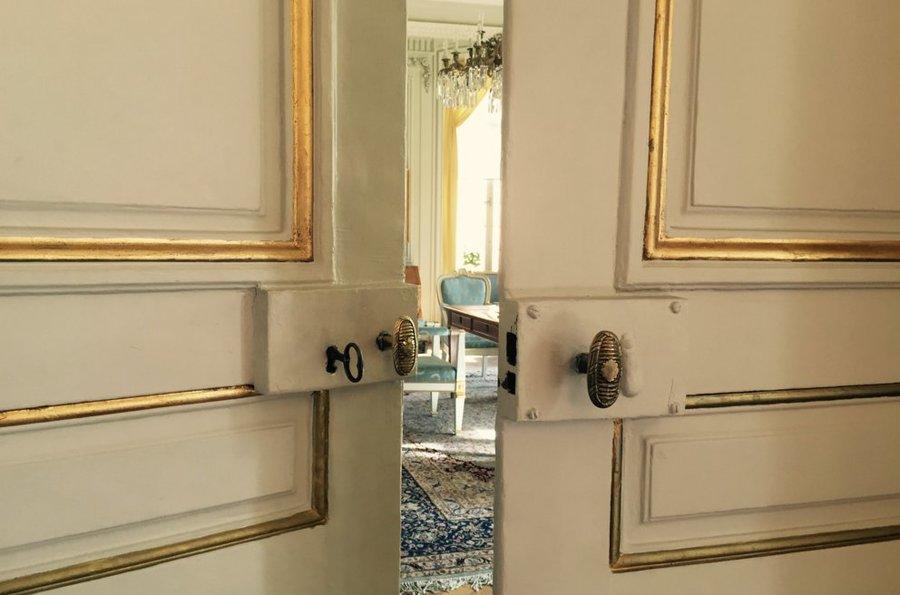 A porta da Academia Sueca aberta para quem quiser ver | © K. Svanholm / Nobel Media