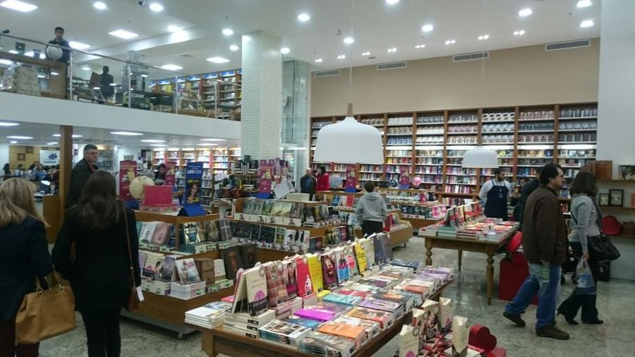No ano, setor varejista de livros já perdeu 19.9% do seu faturamento   Vanessa Araújo / Divulgação / Livrarias Curitiba