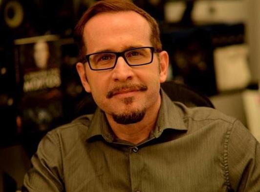 Pedro Almeida é curador do Prêmio Jabuti | © Leonardo Bueno