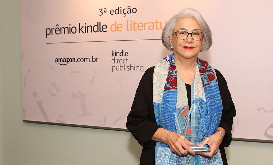 Eliana Cardoso, vencedora da 3ª edição do prêmio com o livro 'Dama de Paus' | © Divulgação