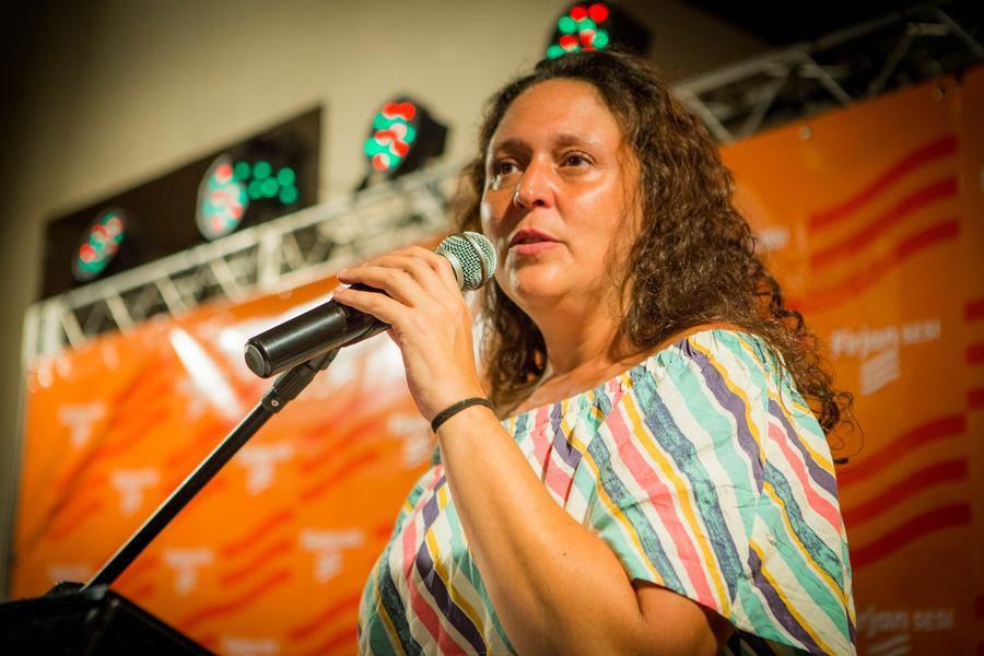 Renata Costa em um evento da Firjan / Sesi