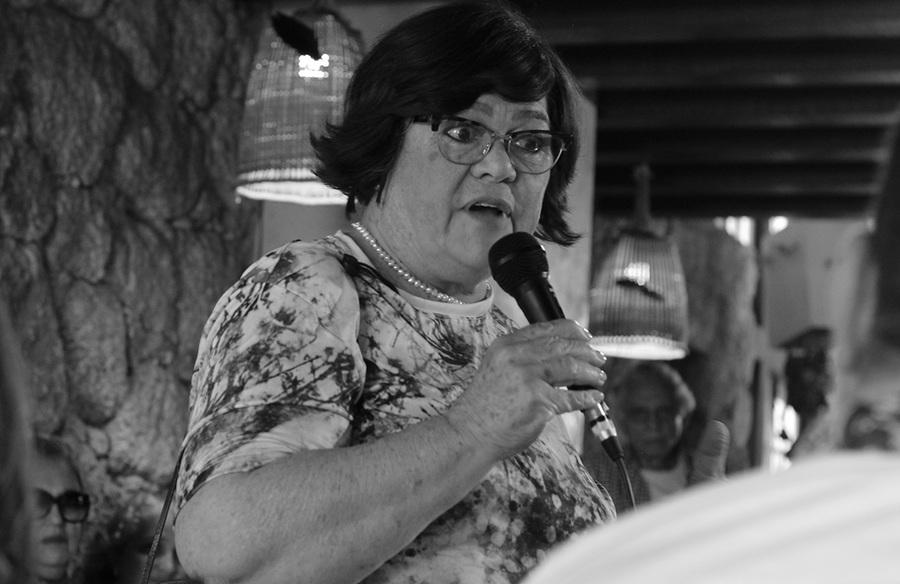 Lucília Garcez, autora do livro 'Outono' | © André Argolo