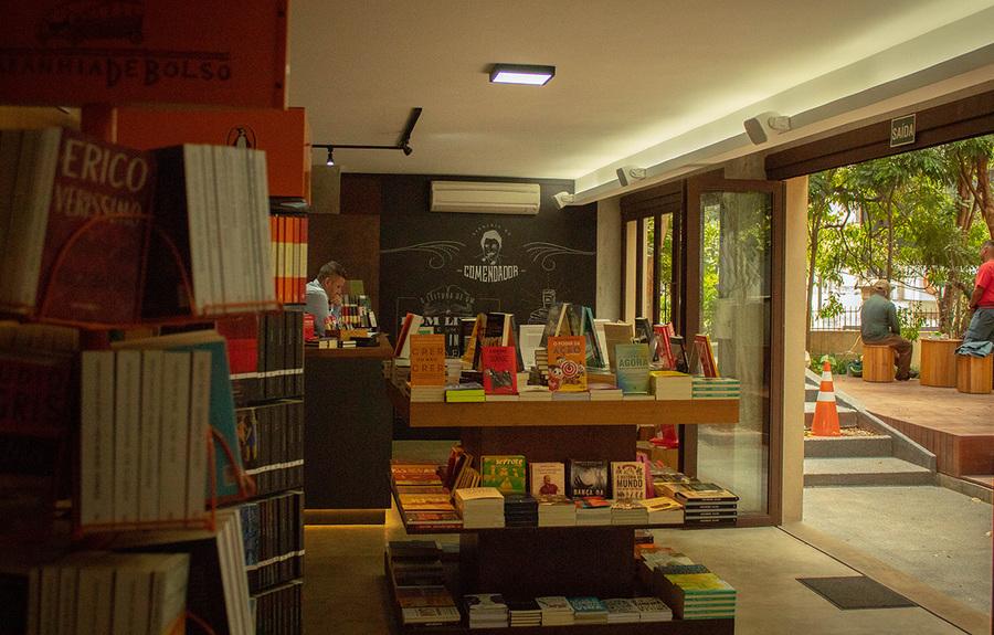 Lista dos Mais Vendidos dá as boas-vindas à Livraria do Comendador | Cris Vieira