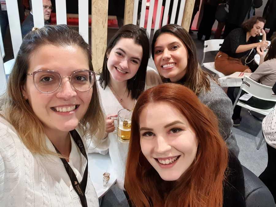Eu, Larissa Caldin, Talita Facchini e Maju Alves