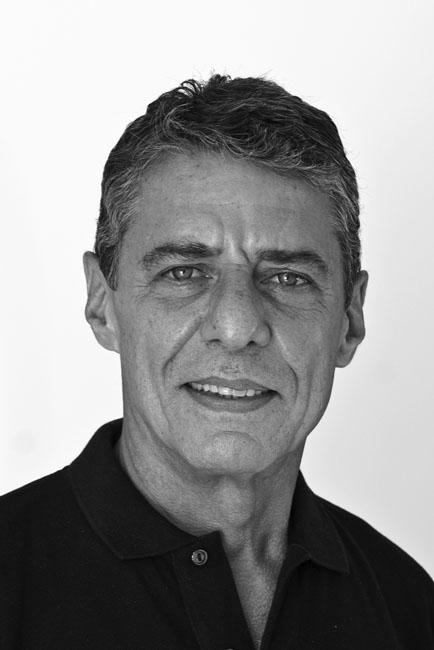 'Essa gente', de Chico Buarque, alcança a vice-liderança da Lista dos Mais Vendidos dessa semana | Divulgação