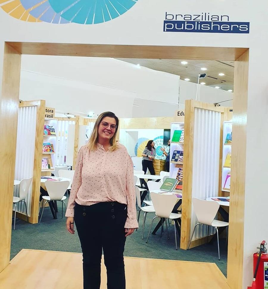 Talita Camargo, pela primeira vez com a sua distribuidora 2Books em Guadalajara