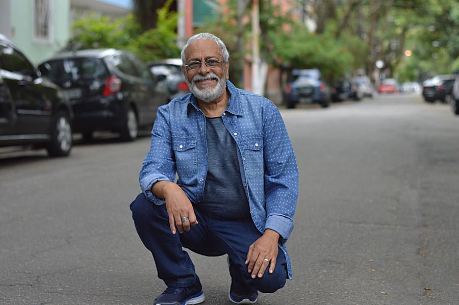 O poeta Tanussi Cardoso será o homenageado dos encontros Poesia no Centro | © Marcelo Ribeiro / Divulgação