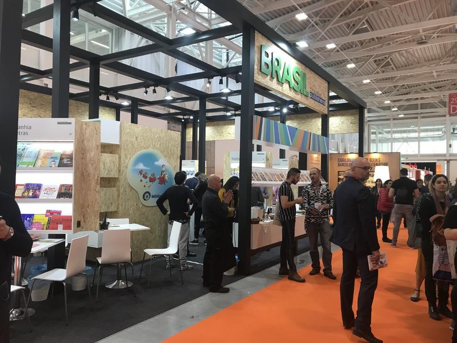 Estande do Brazilian Publishers em Bolonha em 2020 está concorrido   Divulgação / BP