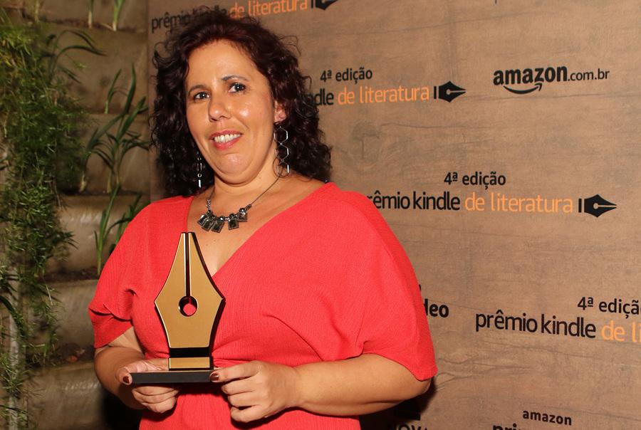 Barbara Nonato é a ganhadora do Prêmio Kindle de Literatura e terá o seu livro, 'Dias vazios' publicado pela Nova Fronteira | Divulgação