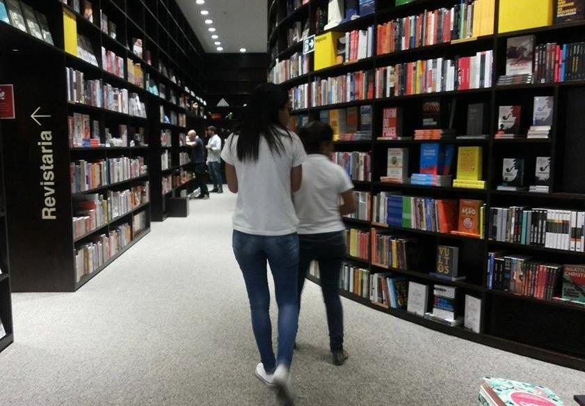 Em 2020, livrarias recuperam parte das vendas de didáticos perdidas em 2019 | Telma Kobori