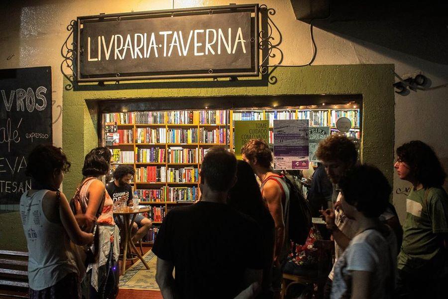 Livraria Taverna de Porto Alegre tem uma vizinha generosa e consciente da importância da livraria para a sua comunidade| Redes sociais da livraria
