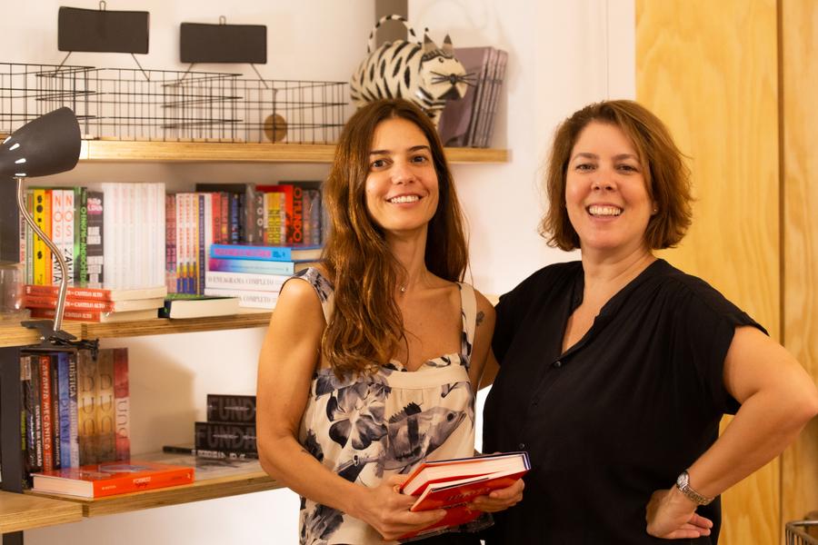 Leticia Bosisio e Martha Ribas são sócias da Janela, a mais nova livraria do Rio de Janeiro | © Monica Ramalho