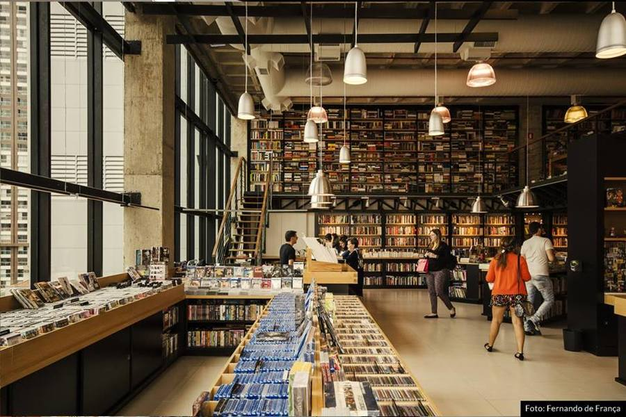 Livrarias são algumas das beneficiadas pelo projeto de lei | © Fernando de França / Blooks / Divulgação