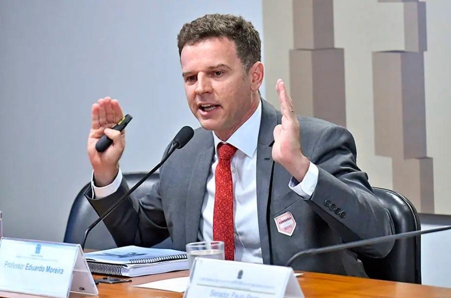 Eduardo Moreira volta à lista dos mais vendidos   © Geraldo Magela_ / Agência Senado