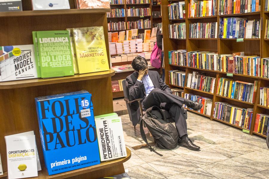 Há um consenso entre as entidades que a reoneração do livro traria perdas para o setor | © Alf Ribeiro / Shutterstock