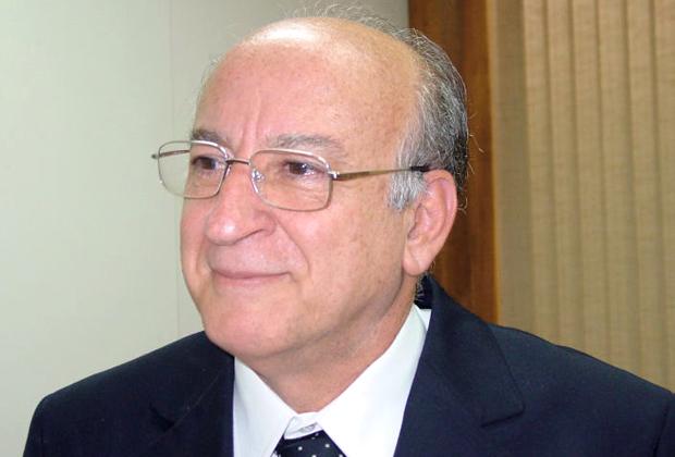 O professor Emir José Suaiden foi nomeado titular do Departamento de Livro, Leitura, Literatura e Bibliotecas | © Rodolfo Grilu/Secom UnB