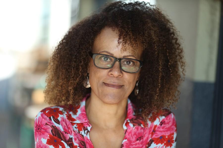 Bernardine Evaristo, vencedora do Booker Prize 2019, participará da mesa de abertura da festa   © Divulgação
