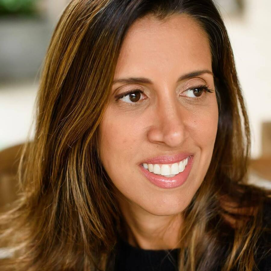 Paula Abreu é autora do livro mais vendido dessa semana | Redes sociais da autora