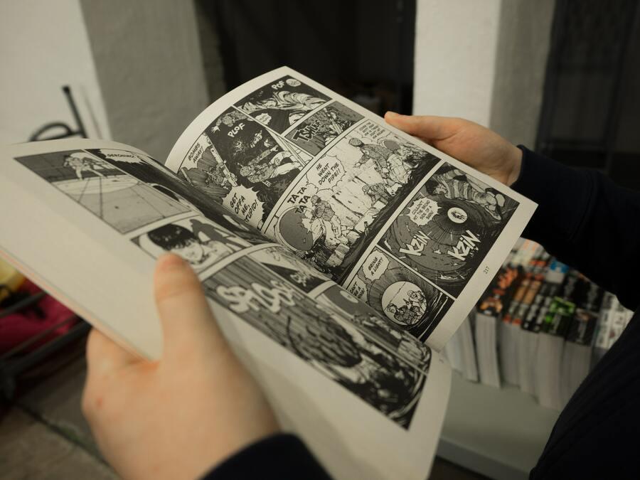 Em 2020, o faturamento apurado com a venda de livros impressos cai no Japão, mas os digitais dão um salto e salvam o ano pandêmico. No geral, mercado de publicações cresce 4,8%. | © Miika Laaksonen