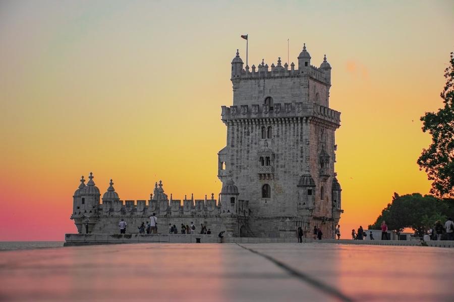 Em novo artigo na seção 'Notícias d'Além Mar', Jaime Mendes fala sobre os três programas de apoio à publicação de Portugal | © Bernardo Lorena Ponte / Unsplash