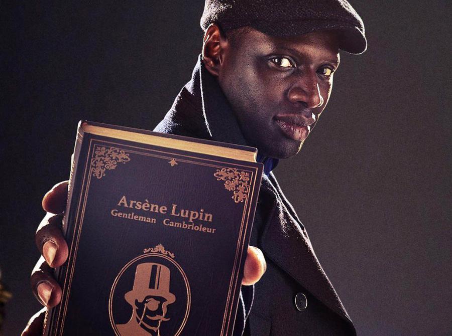 Na série da Netflix, o ator Omar Sy vive Assane Diop, que se inspira em Lupin para cometer crimes | © Divulgação