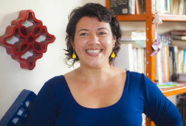 Projeto começa abordando dois contos da escritora pernambucana Ezter Liu   © Divulgação